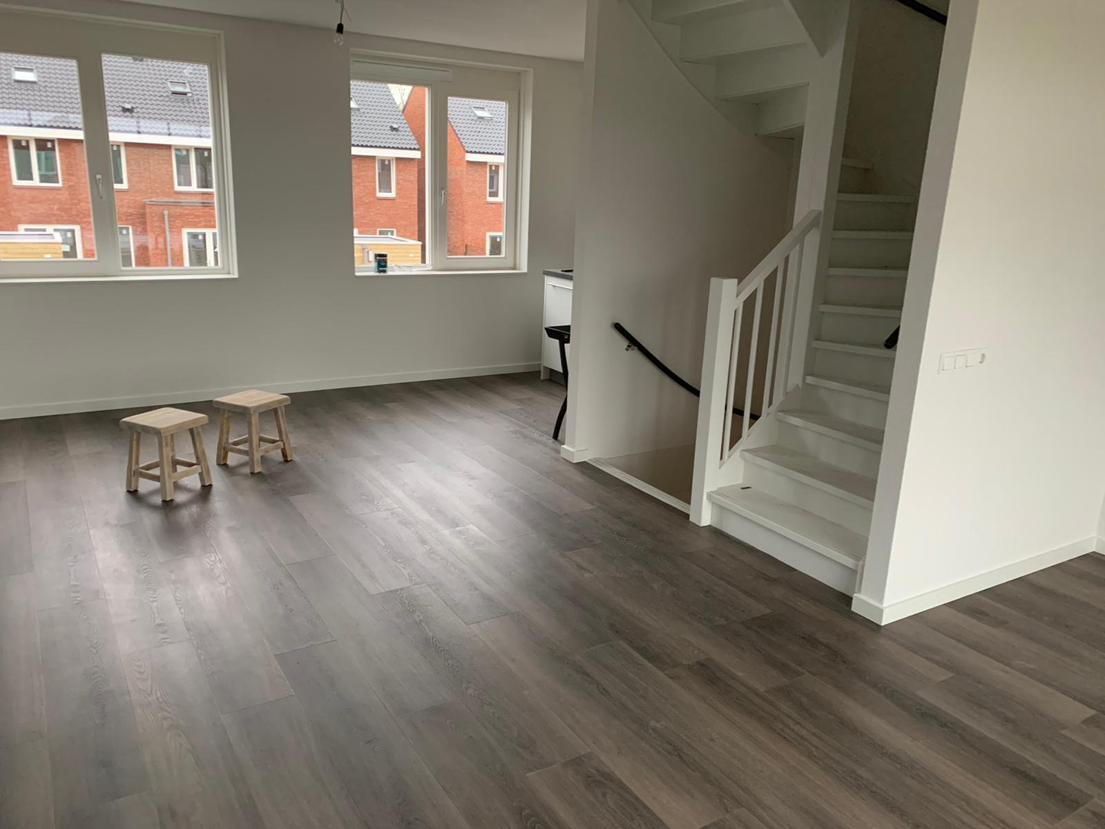 Vloer-in-Groningen-woonkamer