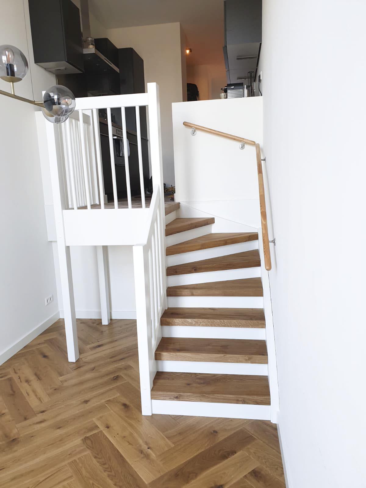 Visgraat-vloer-Amsterdam-beneden