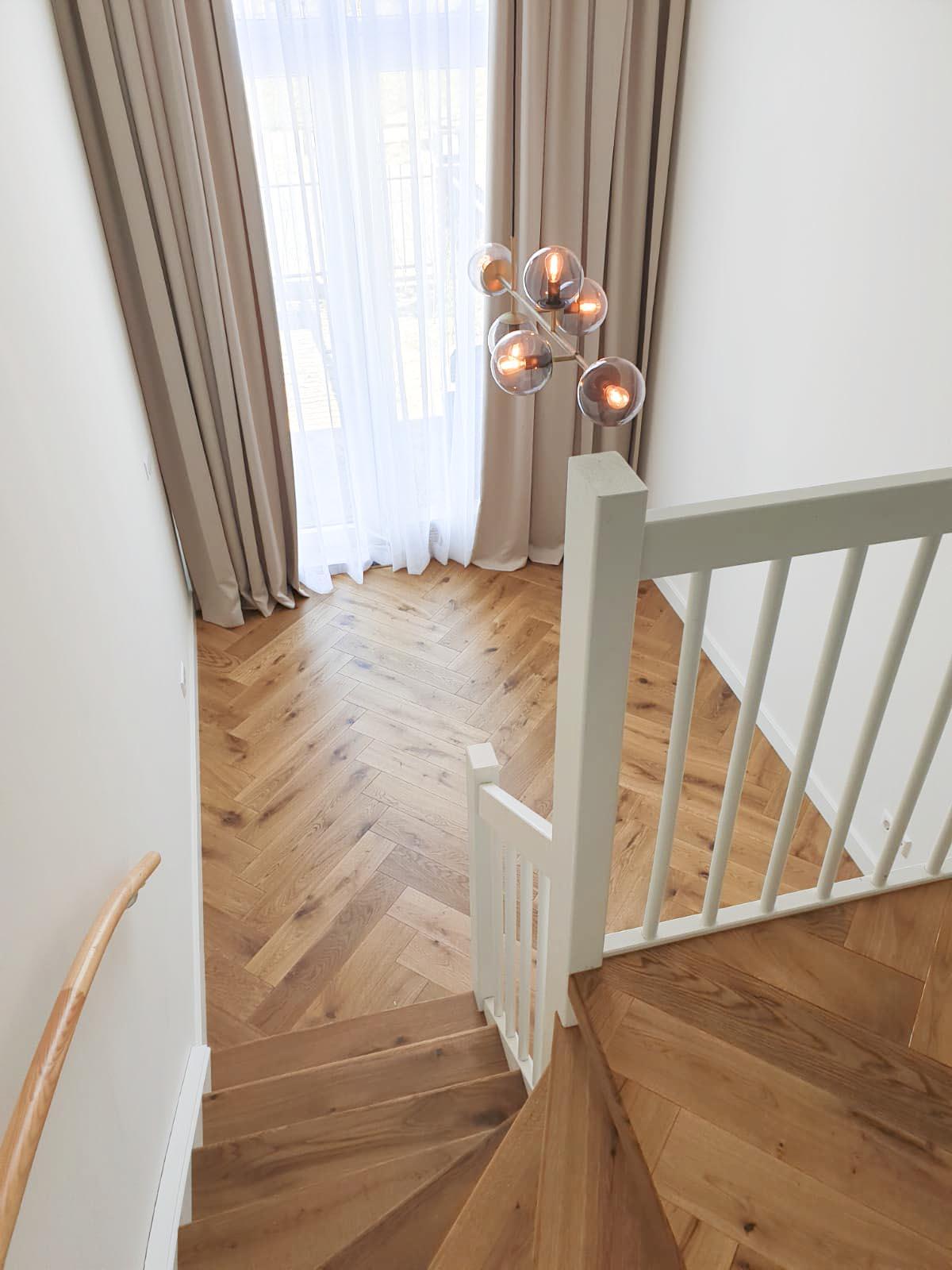 Visgraat-vloer-Amsterdam-boven